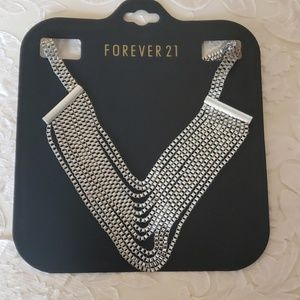 NWT, Forever 21 Silvertone Necklace